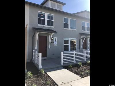 South Jordan Townhouse For Sale: 11347 S Holly Springs Dr #421