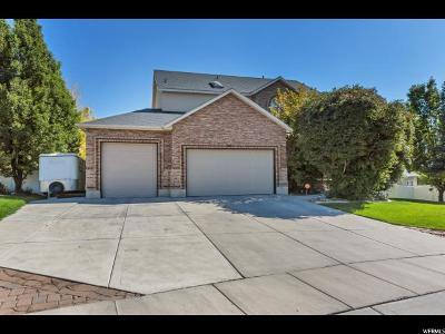 South Jordan Single Family Home For Sale: 9995 S Caddie Cir W