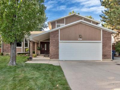 Sandy Single Family Home For Sale: 2477 E 9800 S