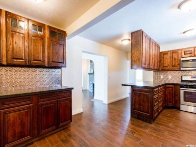 Sandy Single Family Home For Sale: 55 E Pioneer Ave