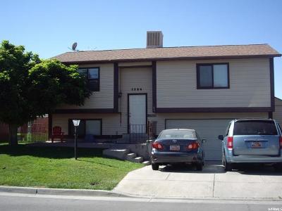 West Jordan Single Family Home For Sale: 7924 S 2940 W