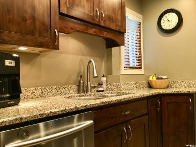 Holladay Condo For Sale: 1790 E Keys View Ct S #11