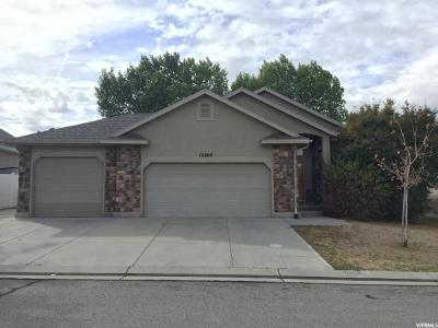 South Jordan Single Family Home For Sale: 10808 S Coral Dune Dr W