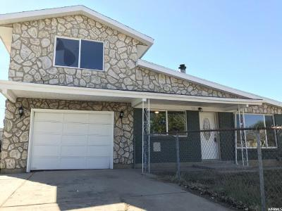 Davis County Single Family Home For Sale: 320 W 750 N