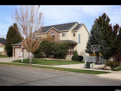 South Jordan Single Family Home For Sale: 9995 S Caddie Cir W