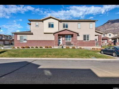 Cedar Hills Townhouse For Sale: 9582 N Deerfield Ln W