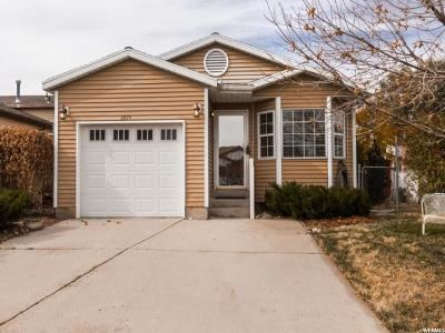 Magna Single Family Home For Sale: 2674 S Twain Dr
