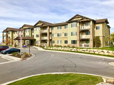 Davis County Condo For Sale: 602 S Edgewood Dr