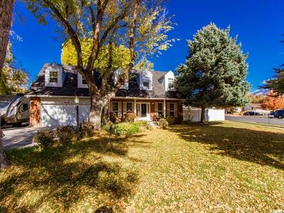 Sandy Single Family Home For Sale: 9856 S Countrywood Dr