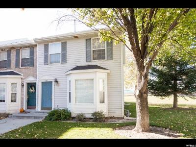 Townhouse For Sale: 127 N 1120 E