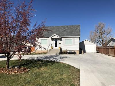 Preston Single Family Home For Sale: 52 W 300 N