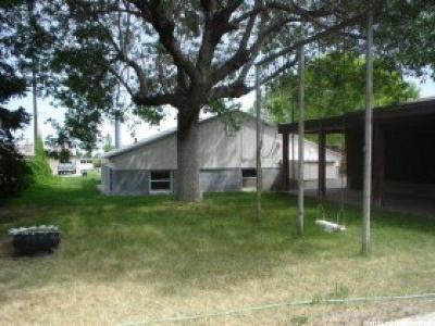 Tooele County Single Family Home For Sale: 65 W 400 S