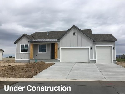 Layton Single Family Home For Sale: 1452 W 425 S #220