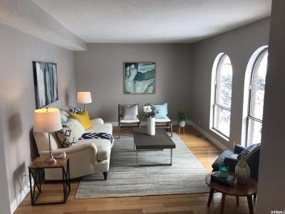 Davis County Single Family Home For Sale: 945 E 2050 S