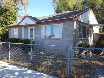 Sandy Single Family Home For Sale: 8353 S 700 E
