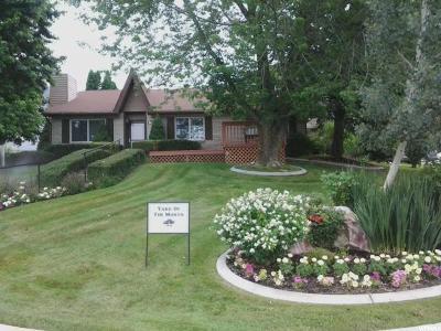 Single Family Home For Sale: 4068 W Cedar Hills Dr