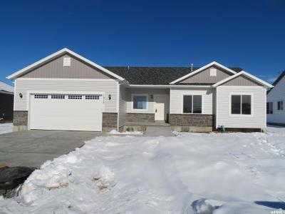Hyrum Single Family Home For Sale: 1215 E 330 S