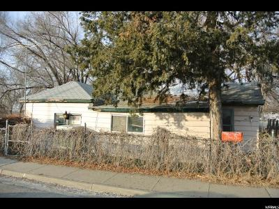 Davis County Single Family Home For Sale: 482 W 2300 N