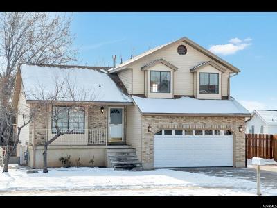 Layton Single Family Home For Sale: 1102 E 2200 N