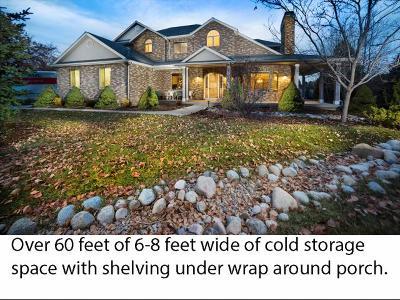 Salt Lake County Single Family Home For Sale: 1 Apple Hill Cir