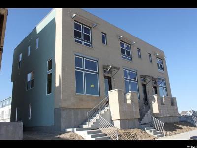 South Jordan Townhouse For Sale: 5054 W Duckhorn Dr #117