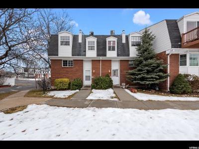 Sandy Townhouse For Sale: 676 E Williamsburg Park Cir S