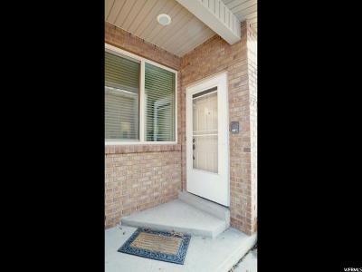 Sandy Townhouse For Sale: 774 E Oakwood Park Dr S