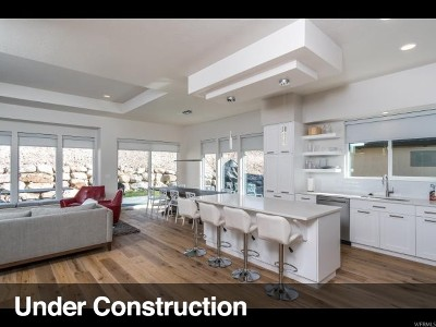 Weber County Single Family Home For Sale: 5923 E Big Horn Pkwy #112
