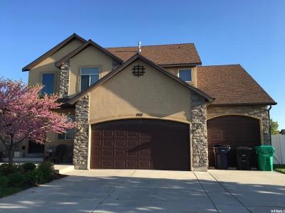 Davis County Single Family Home For Sale: 1911 W 2185 S