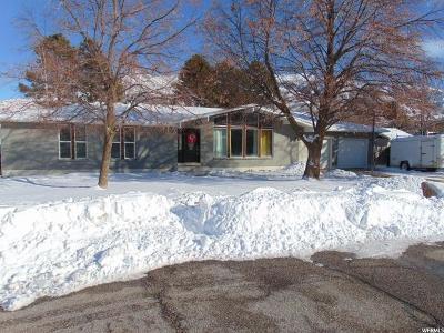 Davis County Single Family Home For Sale: 7774 S 2050 E #2