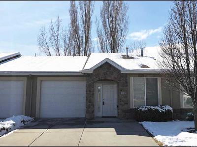 Sandy Townhouse For Sale: 695 W Villa Bluff Dr