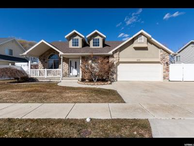 Davis County Single Family Home For Sale: 1572 W Rockbridge Dr S