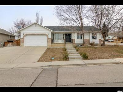 Pleasant Grove Single Family Home For Sale: 1495 E Murdock Dr