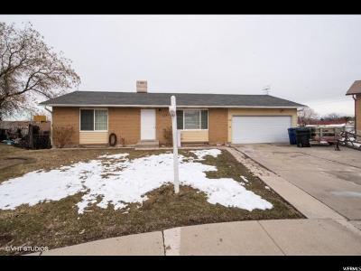 Magna Single Family Home For Sale: 3845 S Westfalls Cir