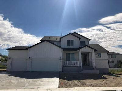 Lehi Single Family Home For Sale: 842 N 1580 E #4