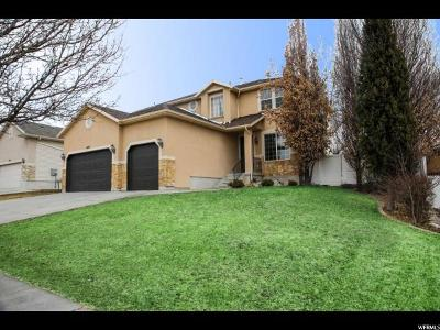 Kaysville Single Family Home For Sale: 1453 S 400 E