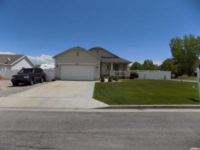 Herriman Single Family Home For Sale: 13763 S Manas Ct