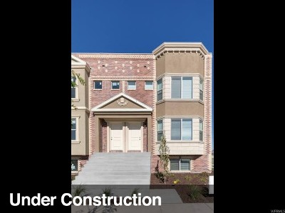 Townhouse For Sale: 333 W Parkview Ln #514