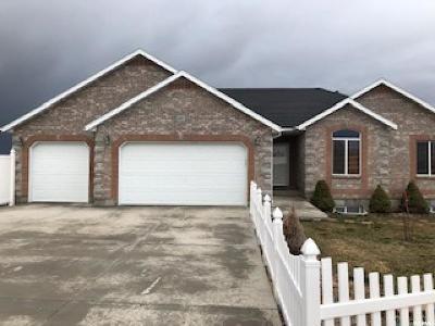 Grantsville Single Family Home For Sale: 173 E Harvest Ln