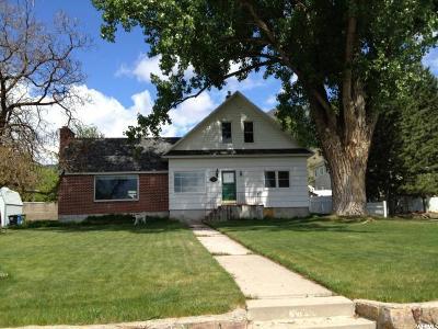 North Logan Single Family Home For Sale: 1956 N 1600 E