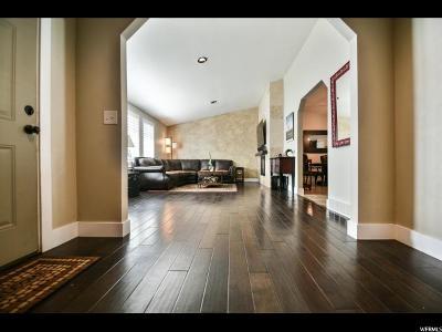 Sandy Single Family Home For Sale: 1661 E 8640 S S