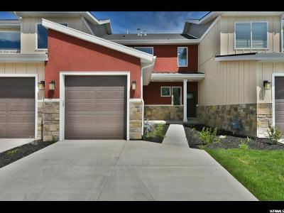 Saratoga Springs Townhouse For Sale: 51 E Chip Shot Loop Dr #5D