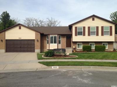 Sandy Single Family Home For Sale: 8861 S Powder Horn Dr E