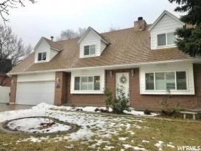 Sandy Single Family Home For Sale: 1104 E Spring Ridge Dr S