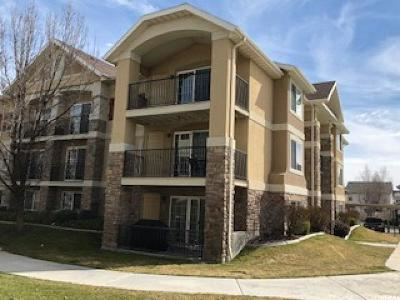 Pleasant Grove Condo For Sale: 1212 W Spencer Rd #104