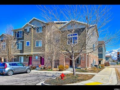 Sandy Townhouse For Sale: 8295 S Chickasaw Ln