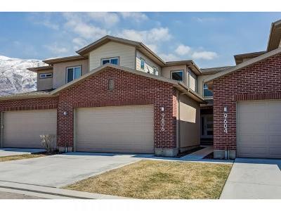 Townhouse For Sale: 9606 Deerfield Ln N
