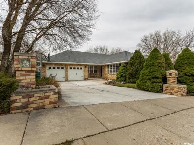 Layton Single Family Home For Sale: 3112 Tanglewood Dr