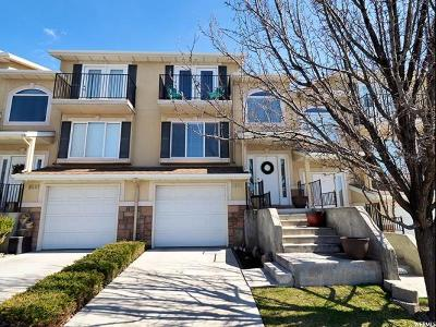 Salt Lake County Townhouse For Sale: 9601 S Hidden Point Dr