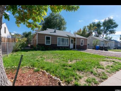 Davis County Single Family Home For Sale: 1858 N 250 W